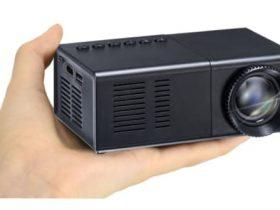 グリーンハウス、コンパクトなミニプロジェクター「GH-PJTAGE-BK」を発売