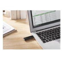 エレコム、USBメモリサイズの超小型外付けSSDを発売