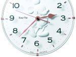 セイコークロック、ミッキーマウスのシルエットをレリーフ状で表現した掛時計