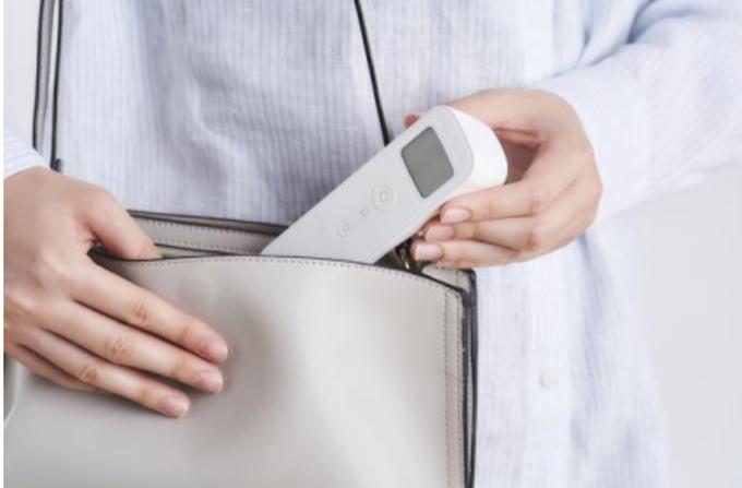 アイリスオーヤマ、「ピッと測る体温計 スティックタイプ」