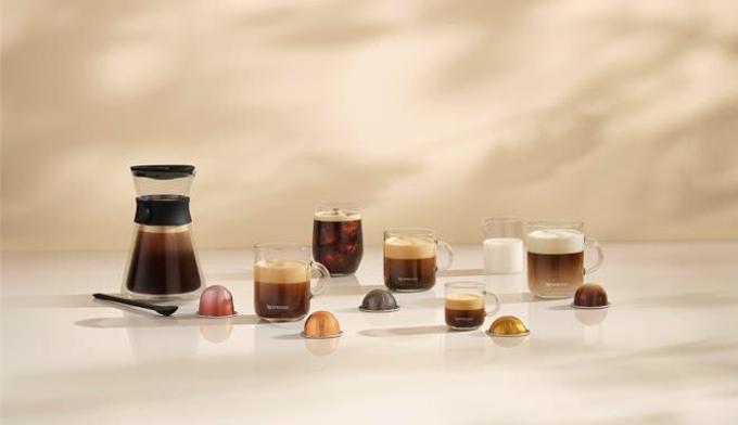 ネスレネスプレッソ、コーヒーシステム「ヴァーチュオ」より複数杯分が抽出できる「カラフェ」サイズを発売