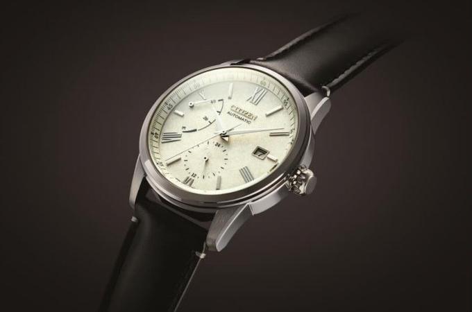 シチズン時計、「シチズンコレクション」から銀箔と漆で仕上げた文字板を備える機械式時計2モデル
